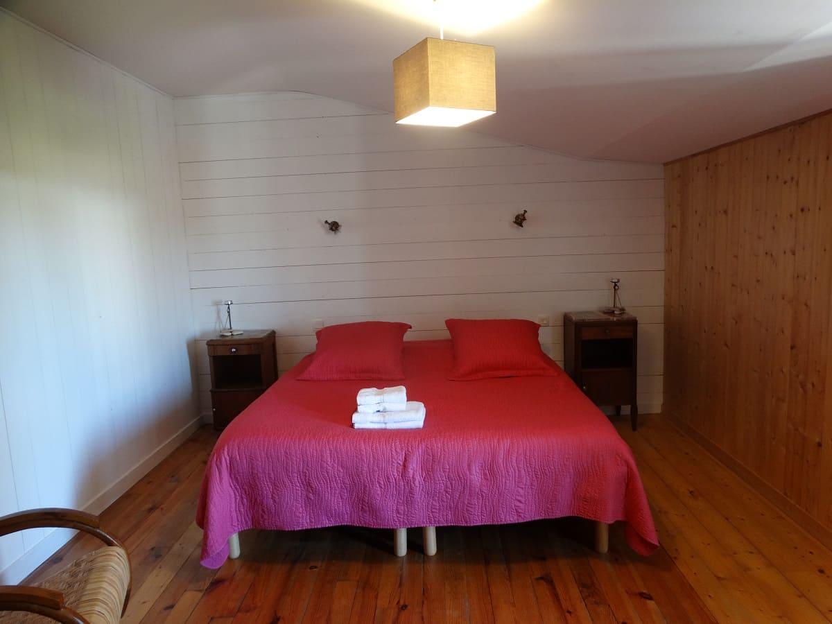 La chambre bois des Brulonnes du gite sur l'île de Ré pour un séjour en famille tout confort - Gite sur l'île de Ré -Les Fillattes