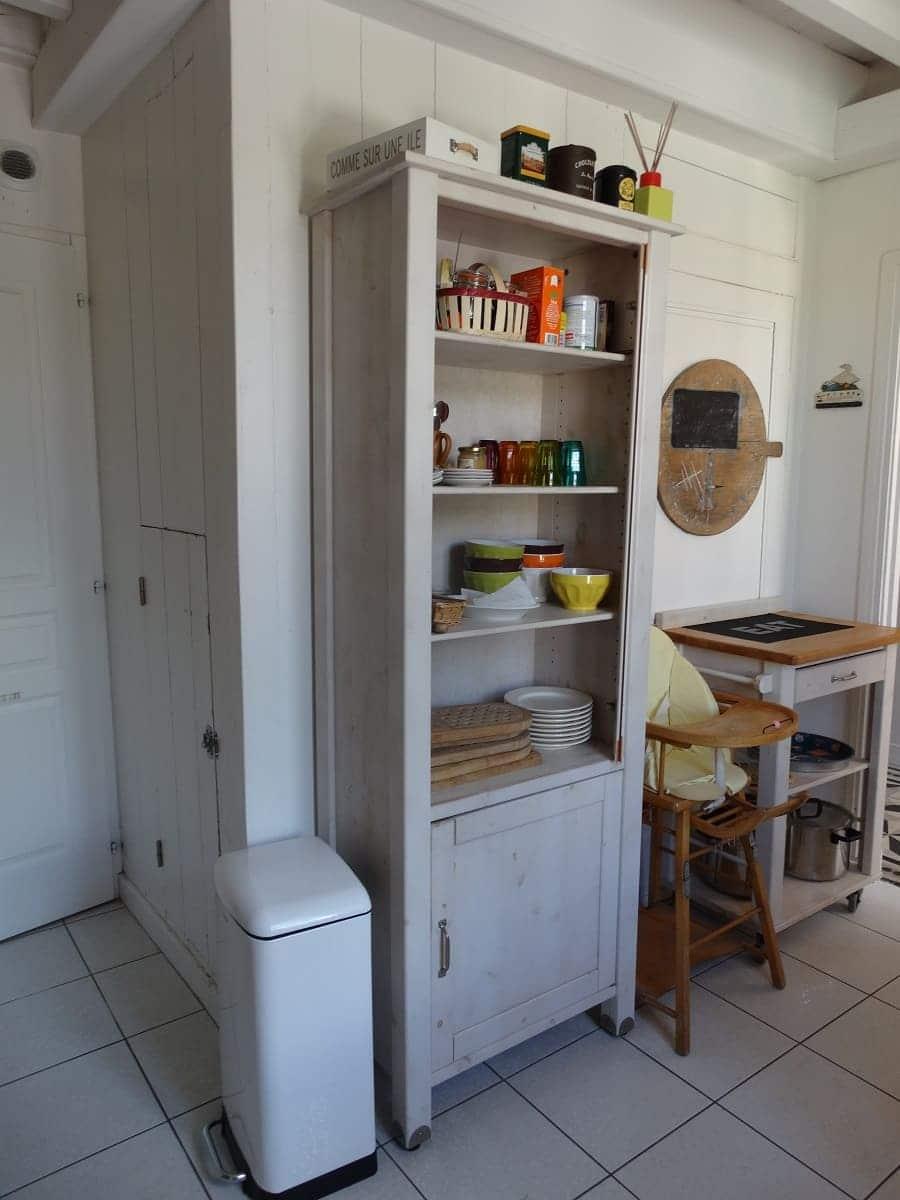 La cuisine équipée du gite sur l'île de Ré pour un séjour en famille tout confort - Gite ile de Ré Les Fillattes