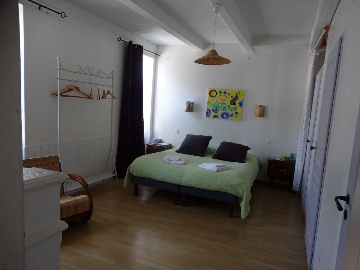 La pinaude, chambre d'hôtes sur l'île de Ré pas cher - Maison d'hôtes Les Fillattes