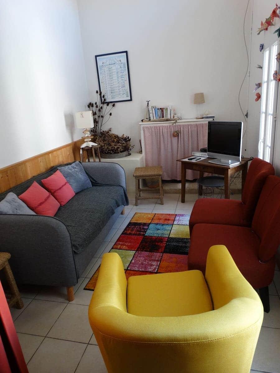 Le petit salon du gite sur l'île de Ré pour un séjour en famille tout confort - Gite sur l'île de Ré -Les Fillattes